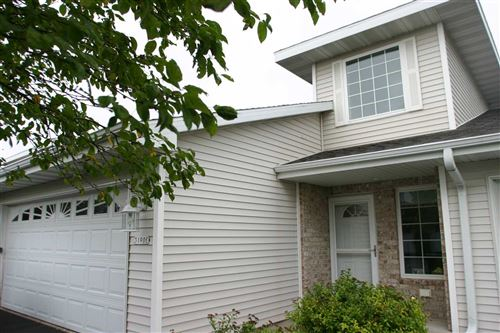 Photo of 3190 WHITE TAIL Lane #E, OSHKOSH, WI 54904 (MLS # 50226688)