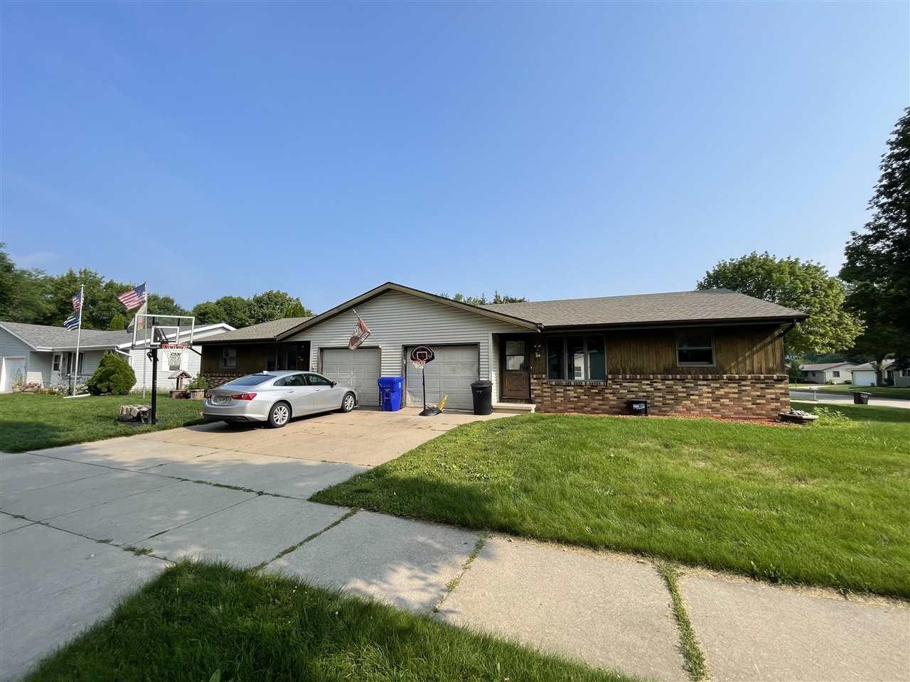 68 WELCOME Circle, Appleton, WI 54915 - MLS#: 50244688