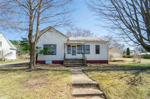 Photo of 636 DEPOT Street, MANAWA, WI 54949 (MLS # 50237692)
