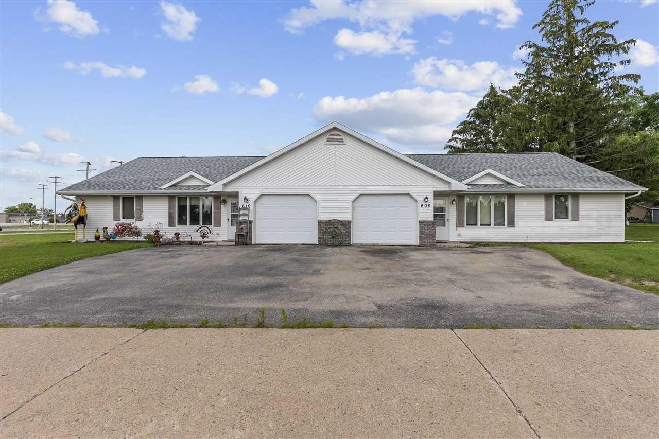 608 N CLARK Street, Black Creek, WI 54106 - MLS#: 50244699