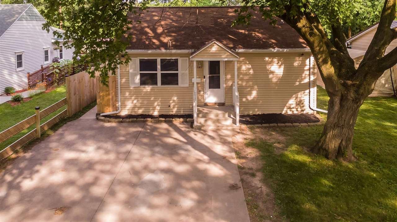 1147 S OAKLAND Avenue, Green Bay, WI 54304 - MLS#: 50244705