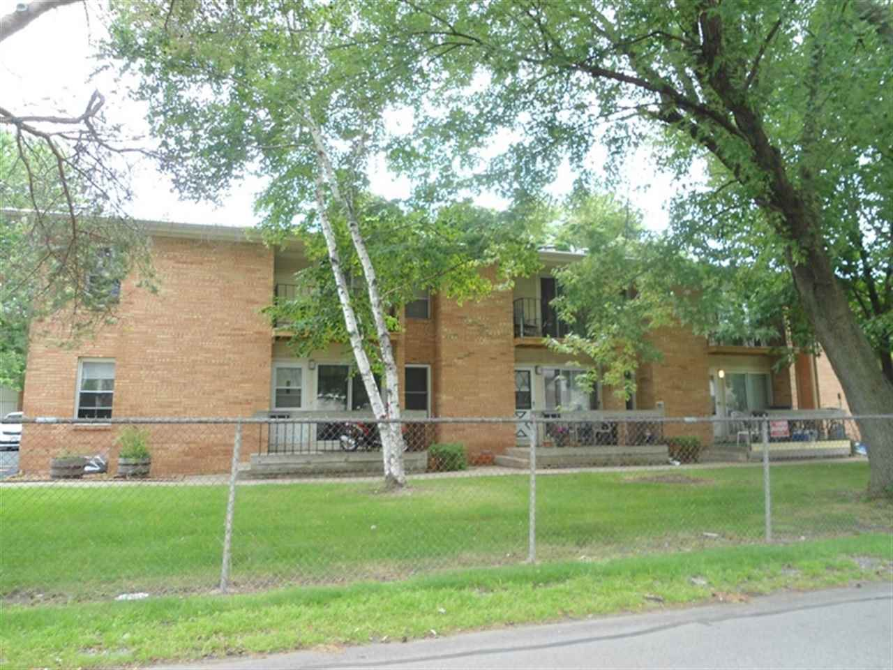 719 W 9TH Avenue, Oshkosh, WI 54902 - MLS#: 50233713