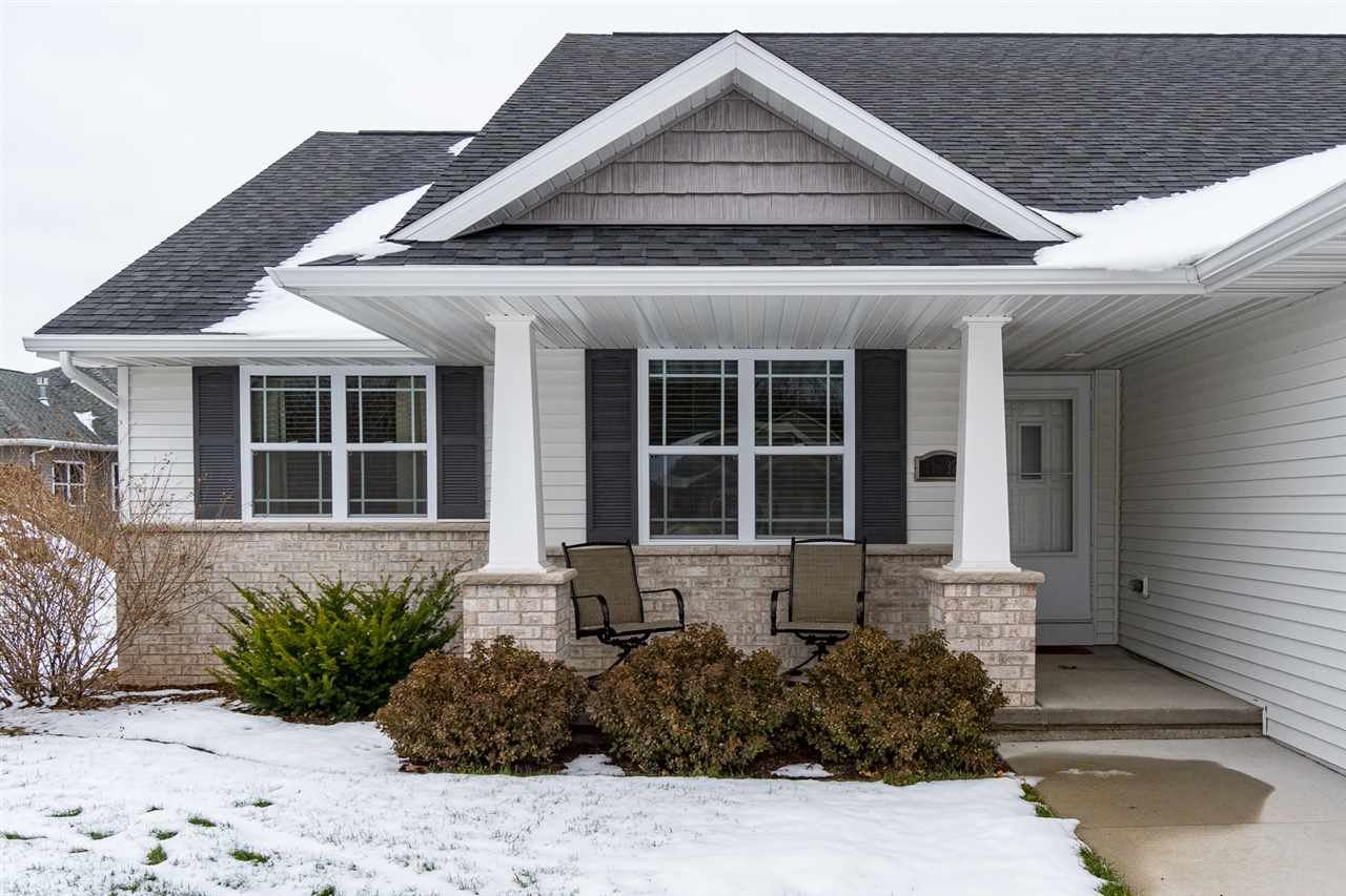 Photo for 4232 N ORION Lane, APPLETON, WI 54913 (MLS # 50212714)