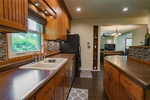 Tiny photo for 1701 S RAVINIA Place, APPLETON, WI 54915 (MLS # 50241715)
