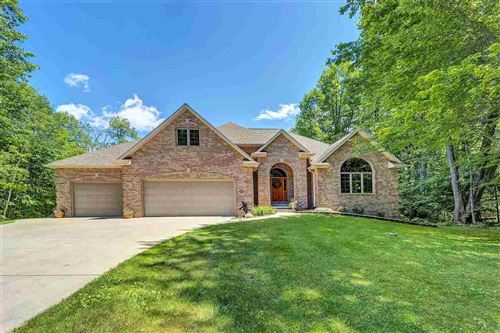 Photo of 3592 ROYAL OAKS Court, SUAMICO, WI 54173 (MLS # 50224719)