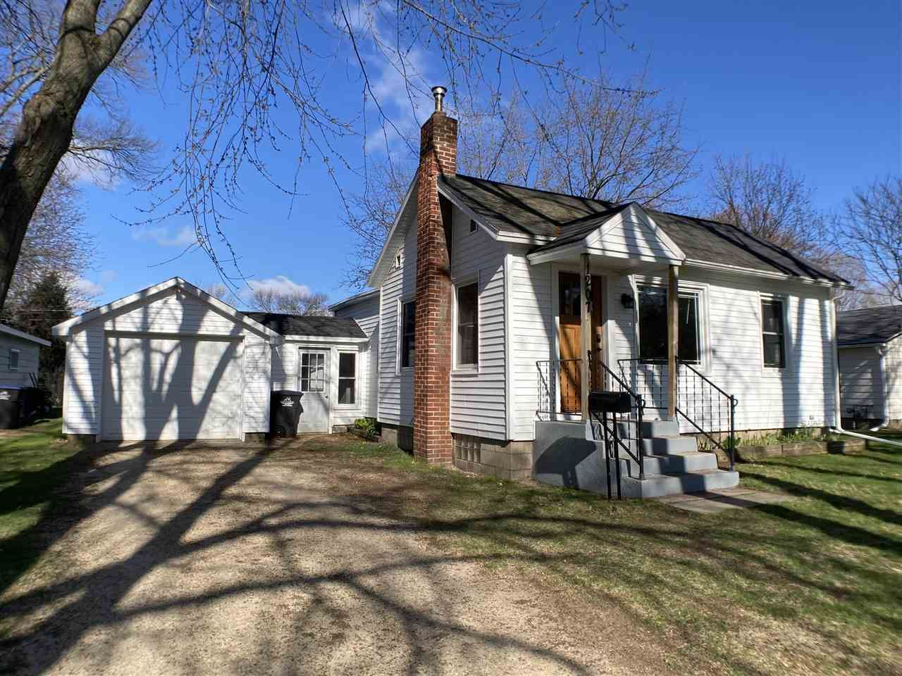 1207 S SMALLEY Street, Shawano, WI 54166 - MLS#: 50238723