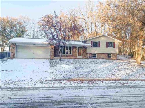 Photo of 2586 ZAK Lane, GREEN BAY, WI 54304 (MLS # 50214724)