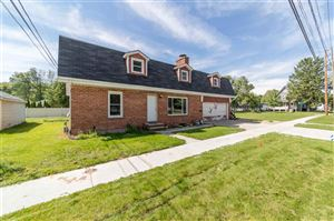 Photo of 810 S CHESTNUT Avenue, GREEN BAY, WI 54304 (MLS # 50206726)