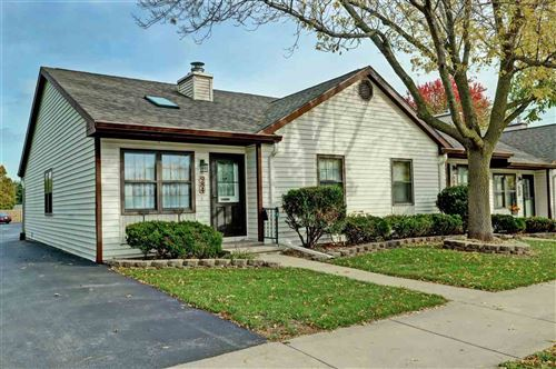 Photo of 984 TULLAR Road, NEENAH, WI 54956 (MLS # 50212727)