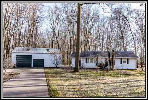 Photo of E8211 STAGE Road, NEW LONDON, WI 54961 (MLS # 50210728)
