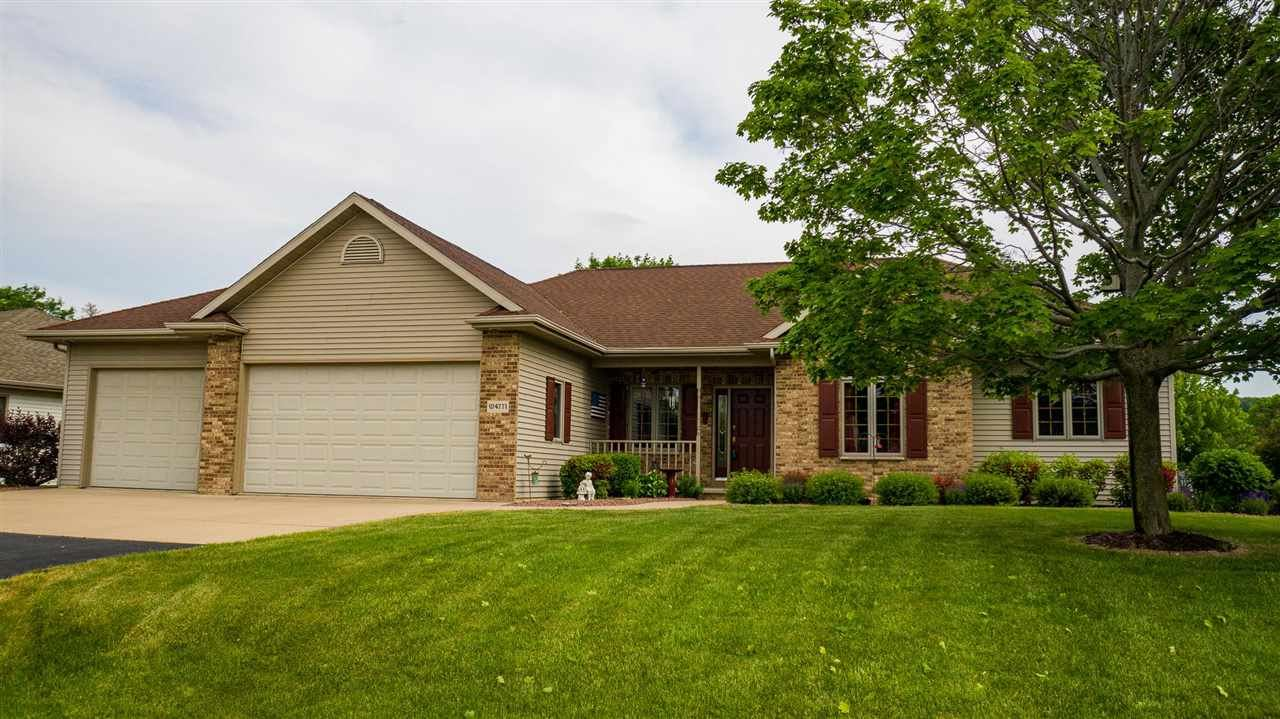 Photo for W4771 CLIFF VIEW Drive, SHERWOOD, WI 54169 (MLS # 50241731)