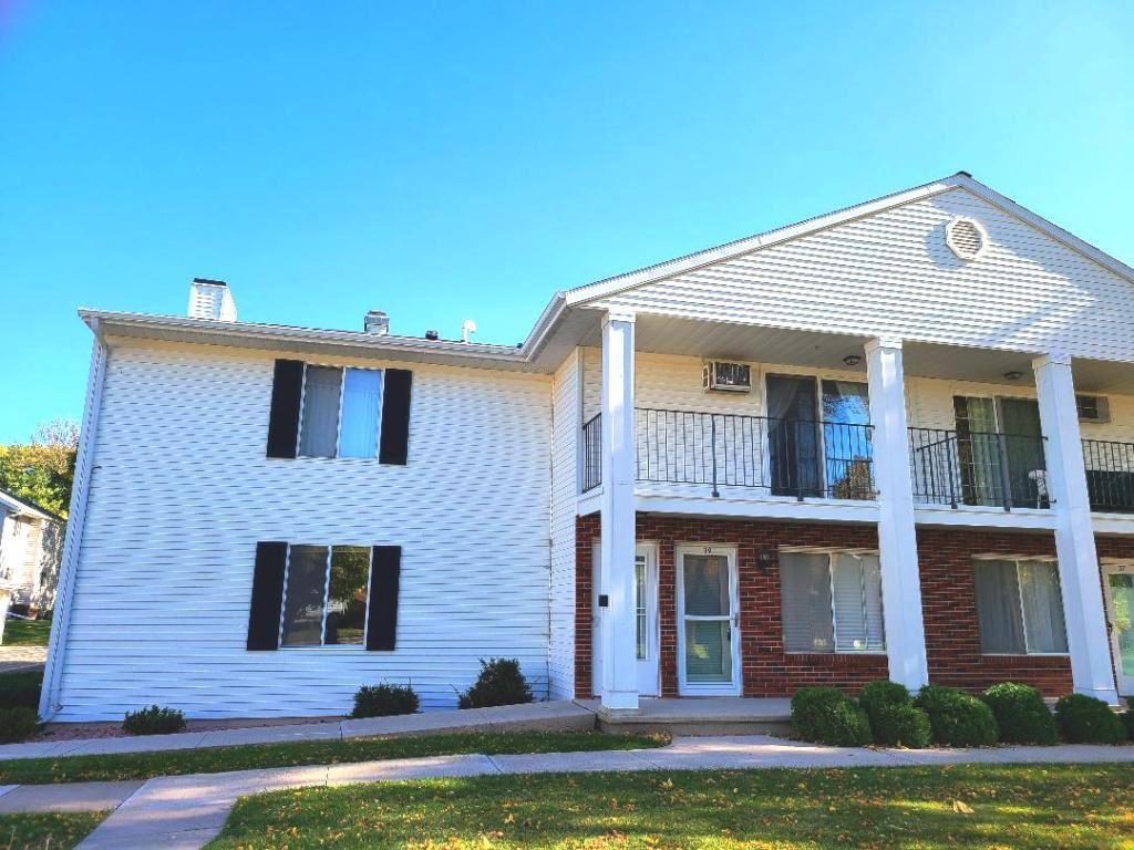 39 UNIVERSITY Drive, Fond du Lac, WI 54935 - MLS#: 50230732