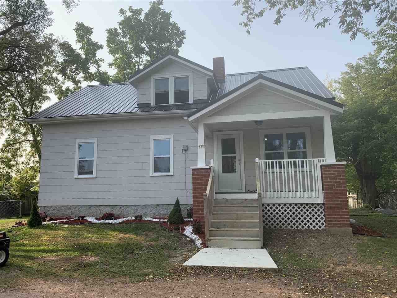 422 PULASKI Street, Pulaski, WI 54162 - MLS#: 50229733