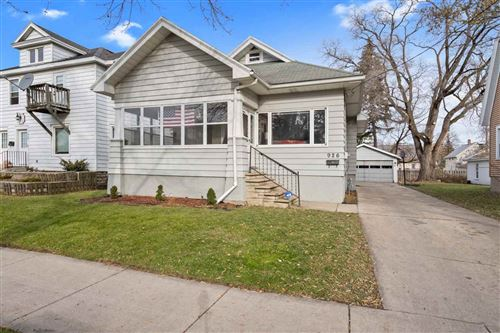 Photo of 926 DOUSMAN Street, GREEN BAY, WI 54303 (MLS # 50214734)
