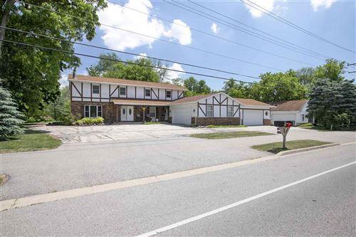 Photo of 1144 S BLUEMOUND Drive, APPLETON, WI 54914 (MLS # 50241739)
