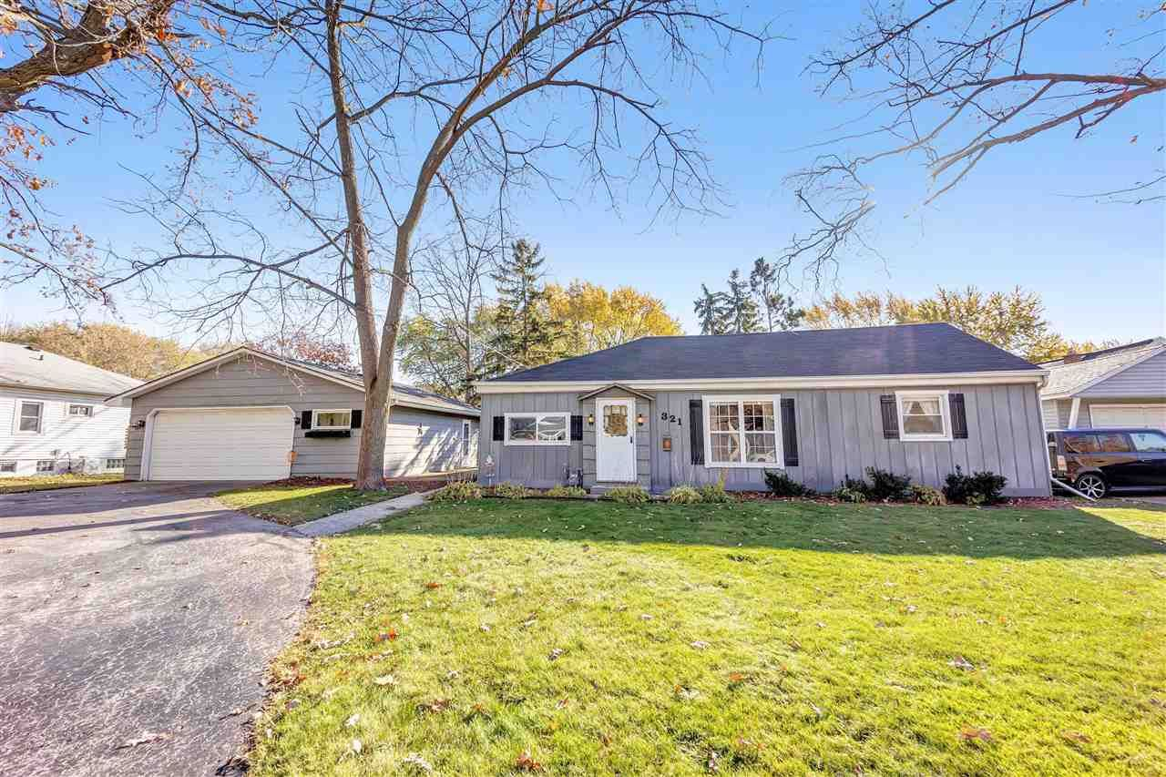 321 CLEVELAND Street, Green Bay, WI 54303 - MLS#: 50231747