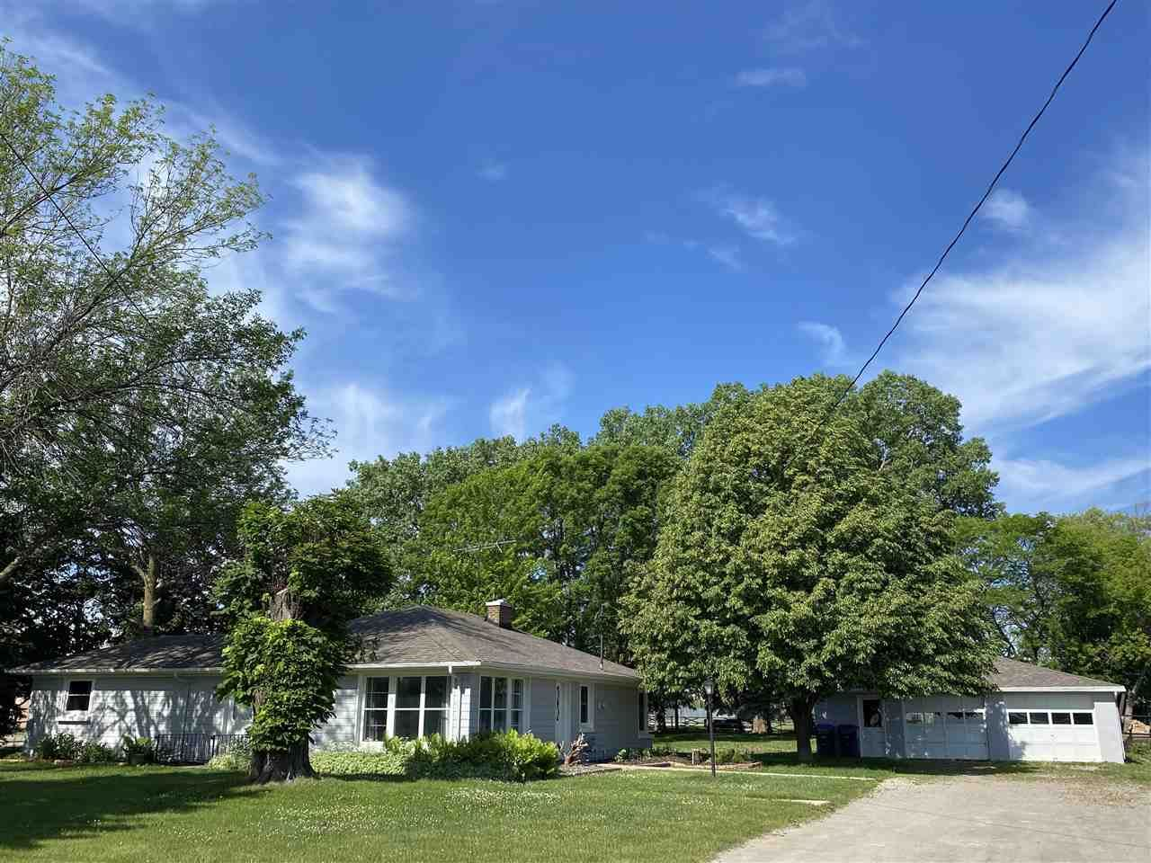 247 S GREEN BAY Road, Neenah, WI 54956 - MLS#: 50239747