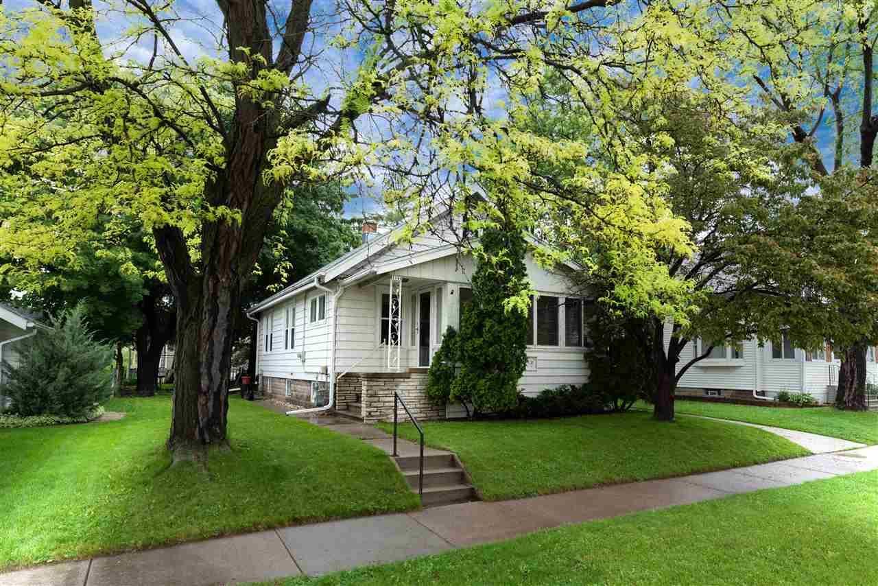 1140 TYLER Avenue, Oshkosh, WI 54902 - MLS#: 50222753