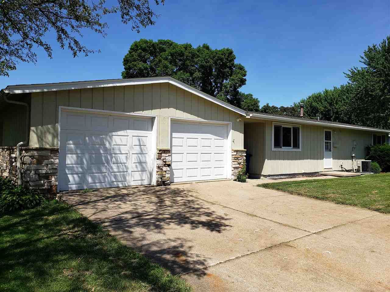 1006 MALLARD Avenue, Oshkosh, WI 54901 - MLS#: 50236754