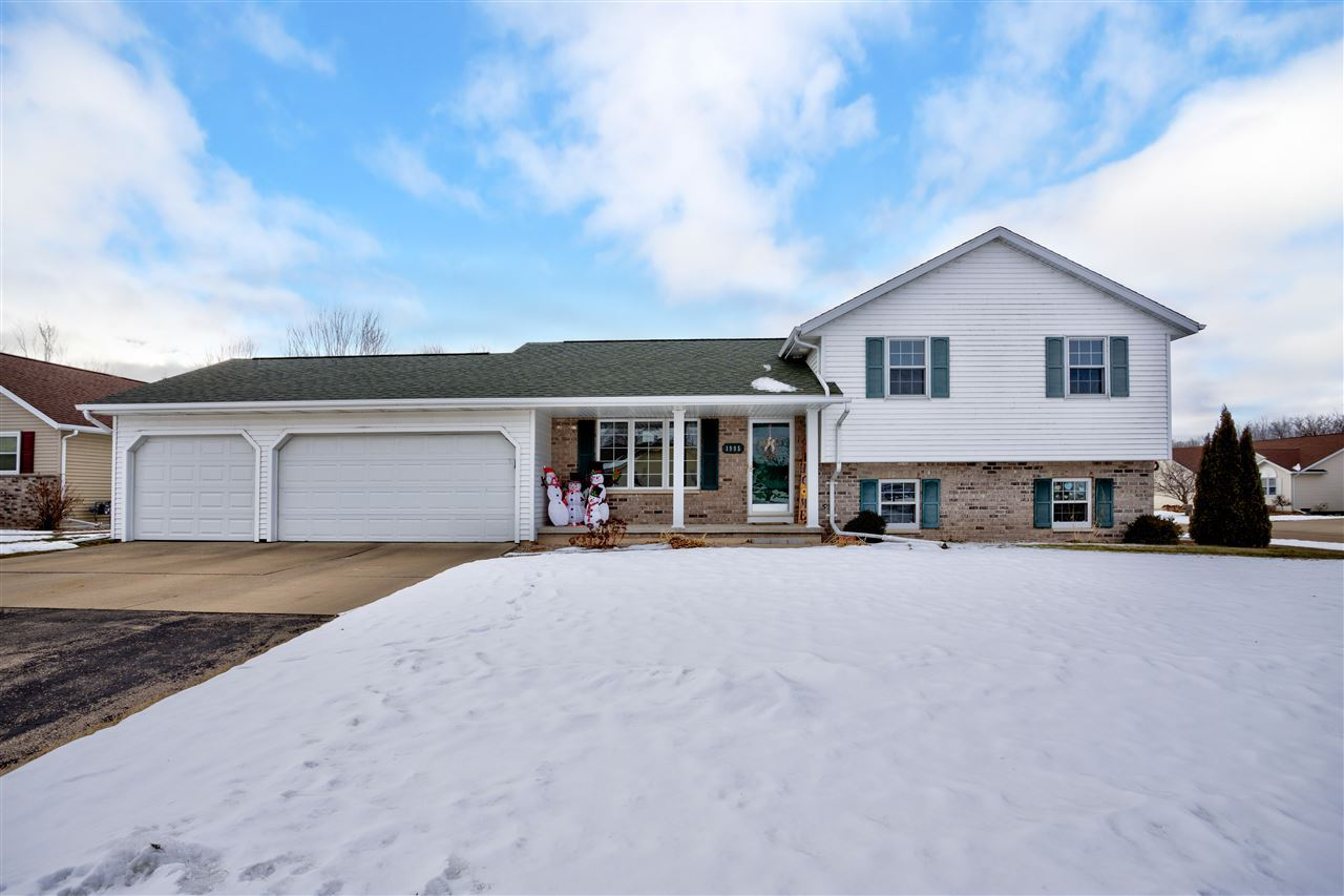 1995 DEER HAVEN Drive, Menasha, WI 54952 - MLS#: 50234758