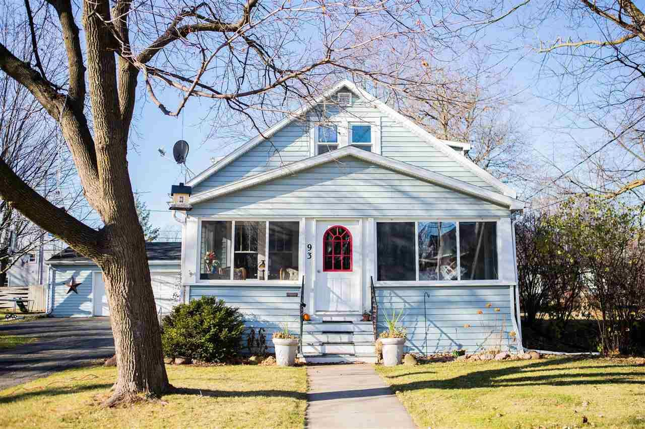 93 S LAKE Street, Neenah, WI 54956 - MLS#: 50232765