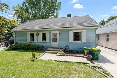 Photo of 1334 ST CLAIR Street, GREEN BAY, WI 54301 (MLS # 50243781)