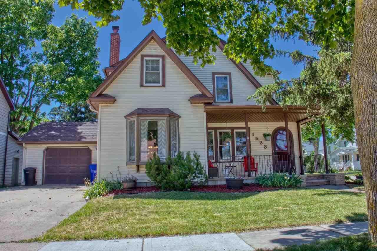 1523 N DURKEE Street, Appleton, WI 54911 - MLS#: 50242793
