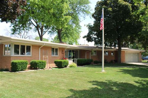 Photo of 98 CLEVELAND Street, NORTH FOND DU LAC, WI 54937 (MLS # 50224797)