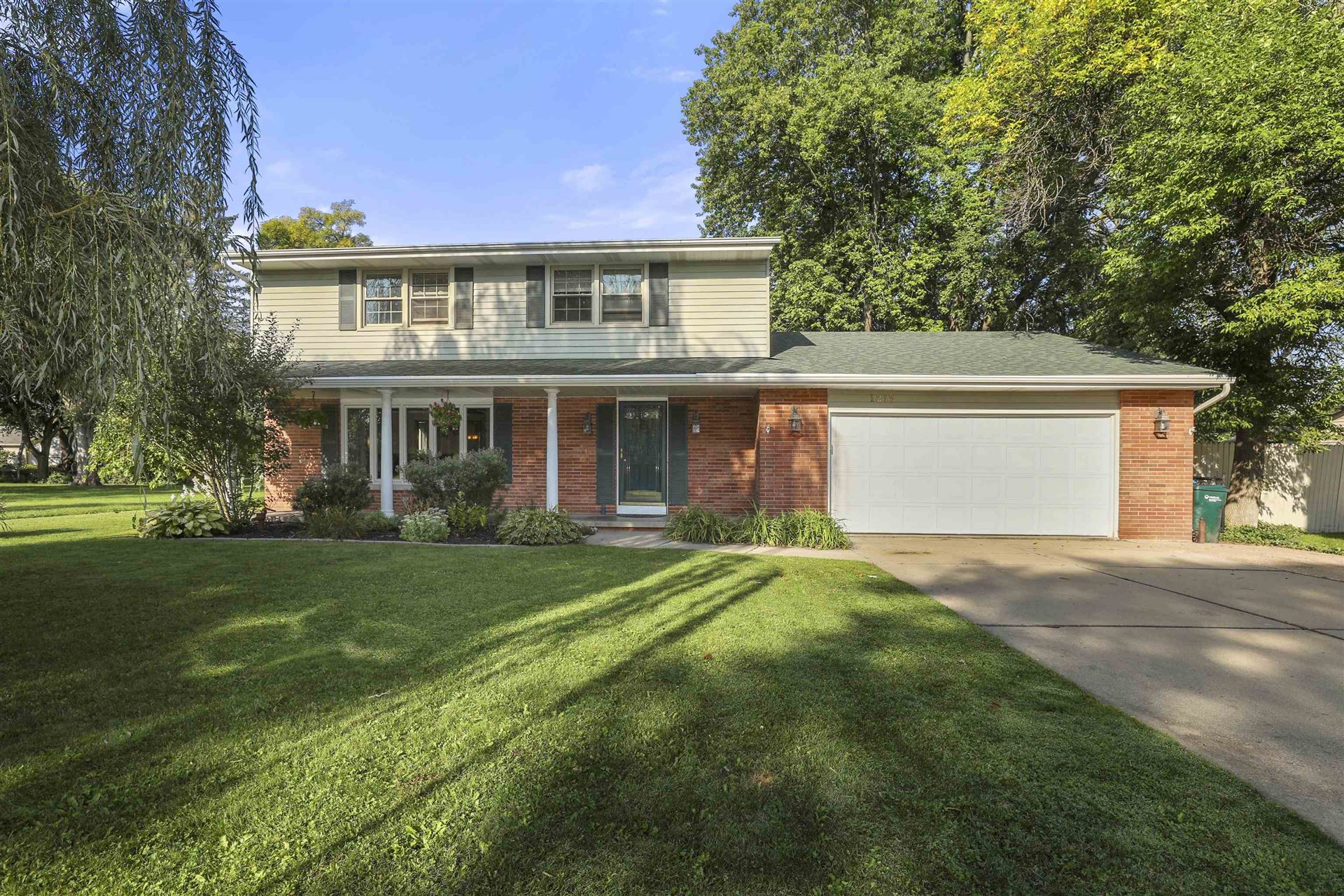 1215 N GREEN GROVE Road, Appleton, WI 54911 - MLS#: 50247809