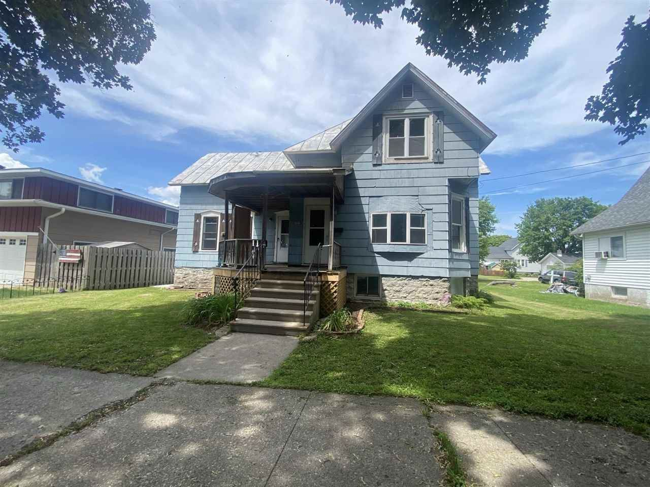 2012 THOMAS Street, Marinette, WI 54143 - MLS#: 50241811