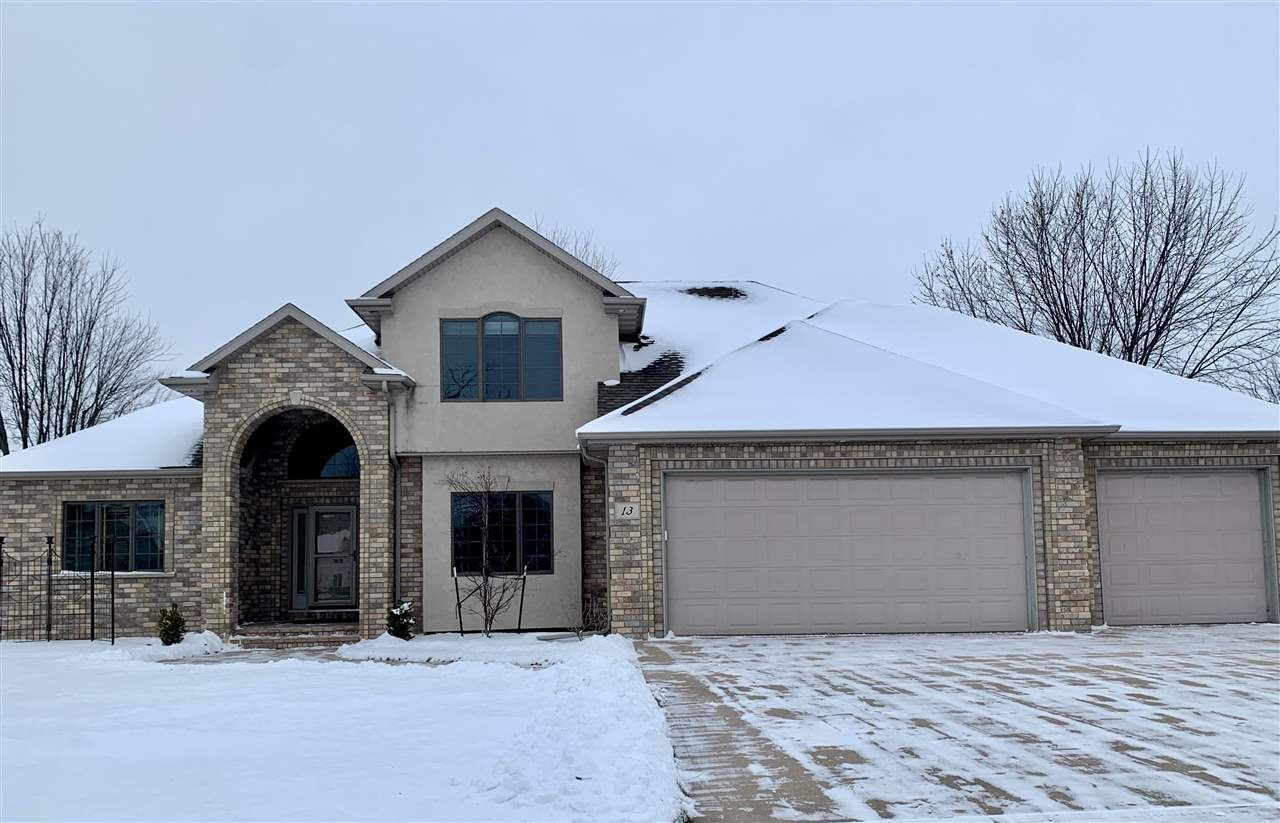 Photo for 13 PINTAIL Place, APPLETON, WI 54913 (MLS # 50230814)