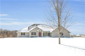 Photo of 1005 NORFIELD Road, SUAMICO, WI 54173 (MLS # 50198815)