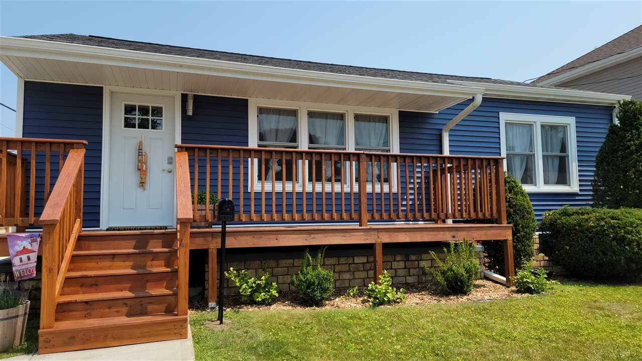 2111 LINCOLN Street, Two Rivers, WI 54241 - MLS#: 50244823