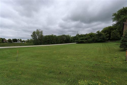 Photo of W6064 TIMBERLINE Drive, SHERWOOD, WI 54169 (MLS # 50243824)