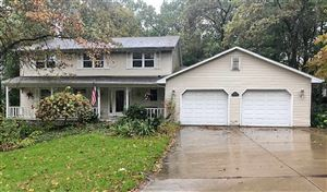 Photo of 2010 CANDLE Way, GREEN BAY, WI 54304 (MLS # 50212829)