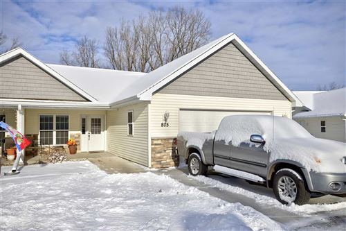 Photo of 805 W COOK Street #6, NEW LONDON, WI 54961 (MLS # 50233834)
