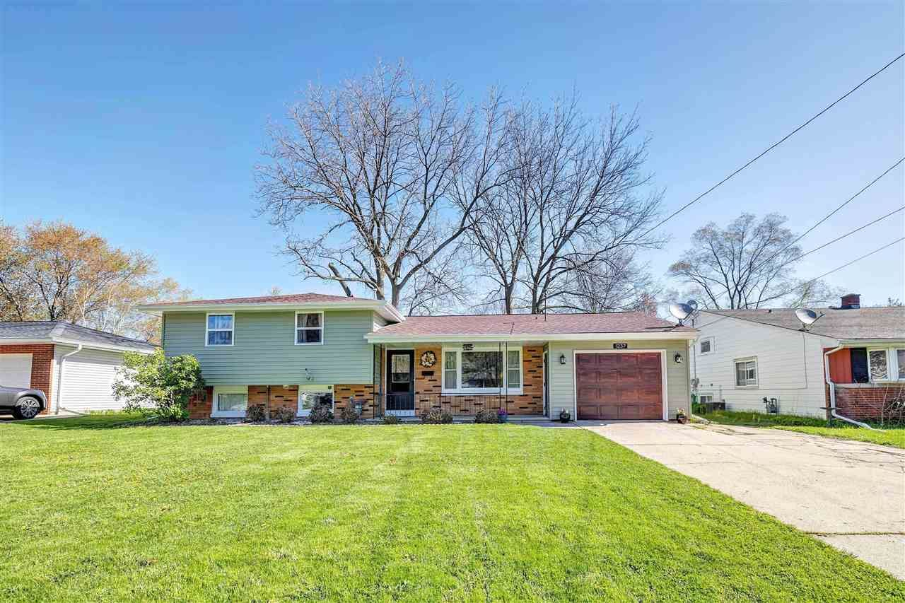 1237 GARLAND Street, Green Bay, WI 54301 - MLS#: 50239843