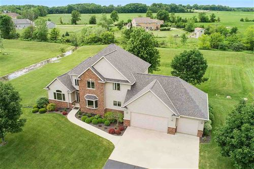 Photo of 2526 SKYLINE OAKS Drive, DE PERE, WI 54115 (MLS # 50224844)