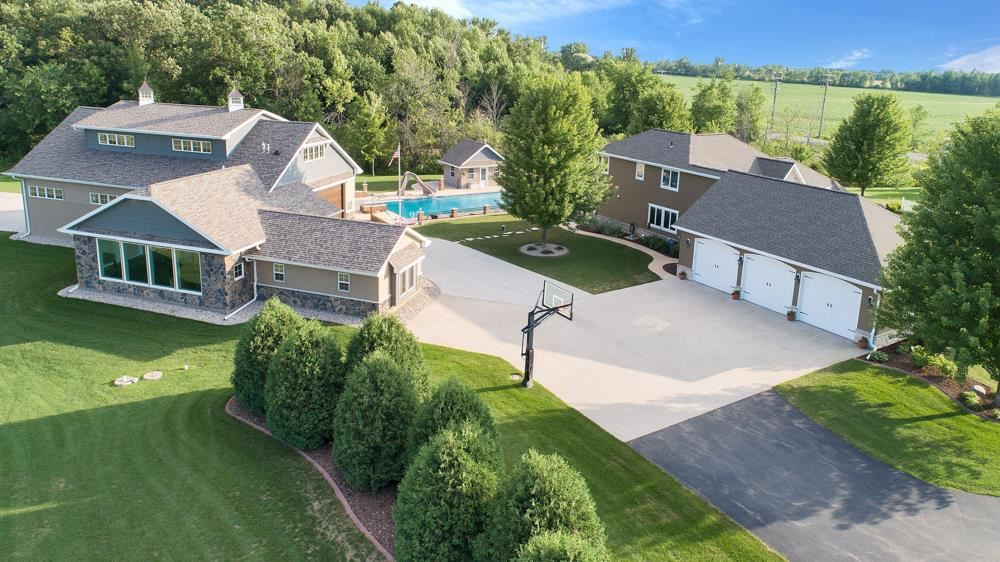 Photo for N8192 STOMMEL Road, SHERWOOD, WI 54169 (MLS # 50188846)