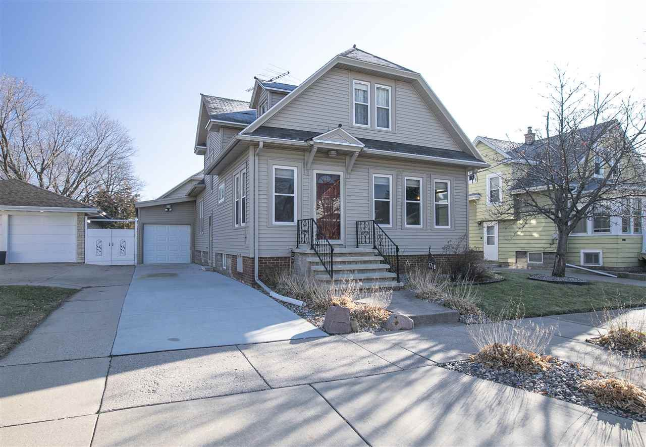 1718 JEFFERSON Street, Oshkosh, WI 54901 - MLS#: 50232847