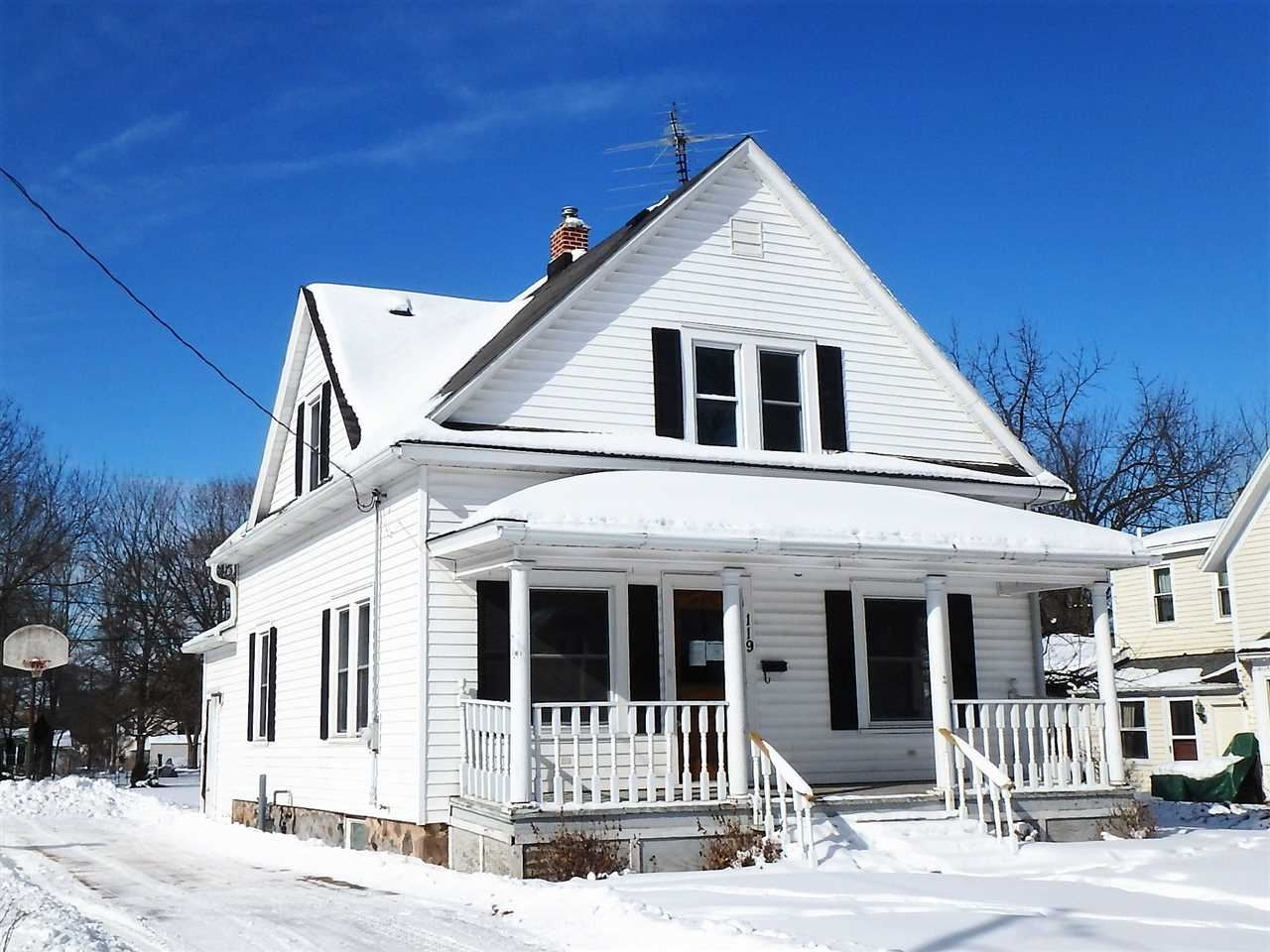 119 PINE Street, Waupaca, WI 54981 - MLS#: 50235849
