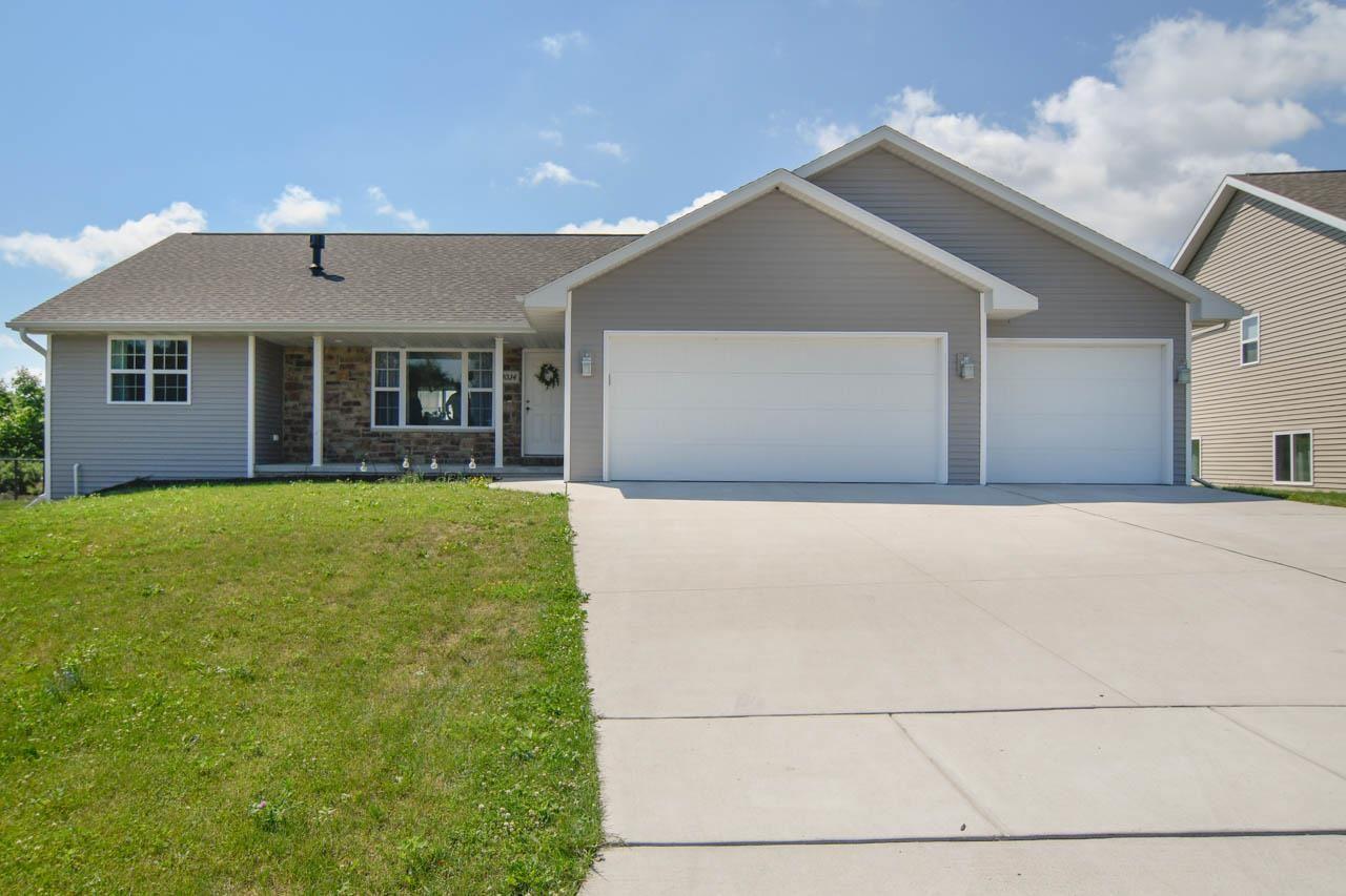 3034 EMMALANE Drive, Green Bay, WI 54311 - MLS#: 50243852