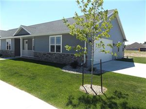 Photo of 201 CLUBHOUSE Lane, KIMBERLY, WI 54136 (MLS # 50191854)