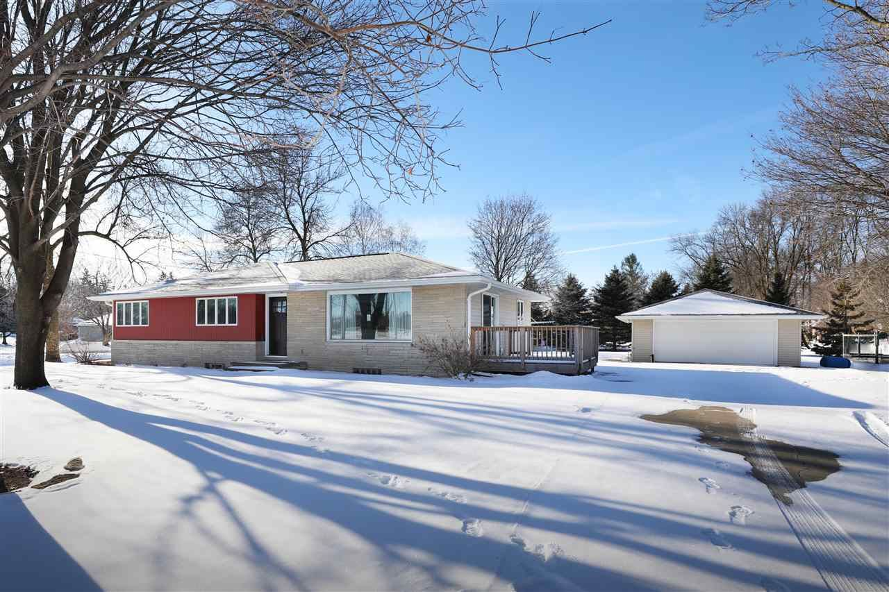 W6649 GREENVILLE Avenue, Greenville, WI 54942 - MLS#: 50235857
