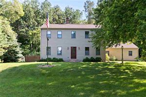 Photo of 3351 OAK FOREST Drive, SUAMICO, WI 54313 (MLS # 50206861)