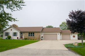 Photo of N2475 SALLY Court, GREENVILLE, WI 54942 (MLS # 50210861)