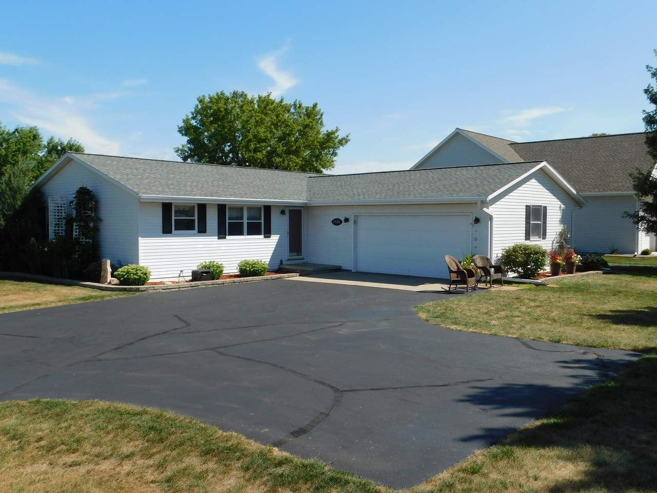 1370 PINECREST Road, Green Bay, WI 54313 - MLS#: 50227861
