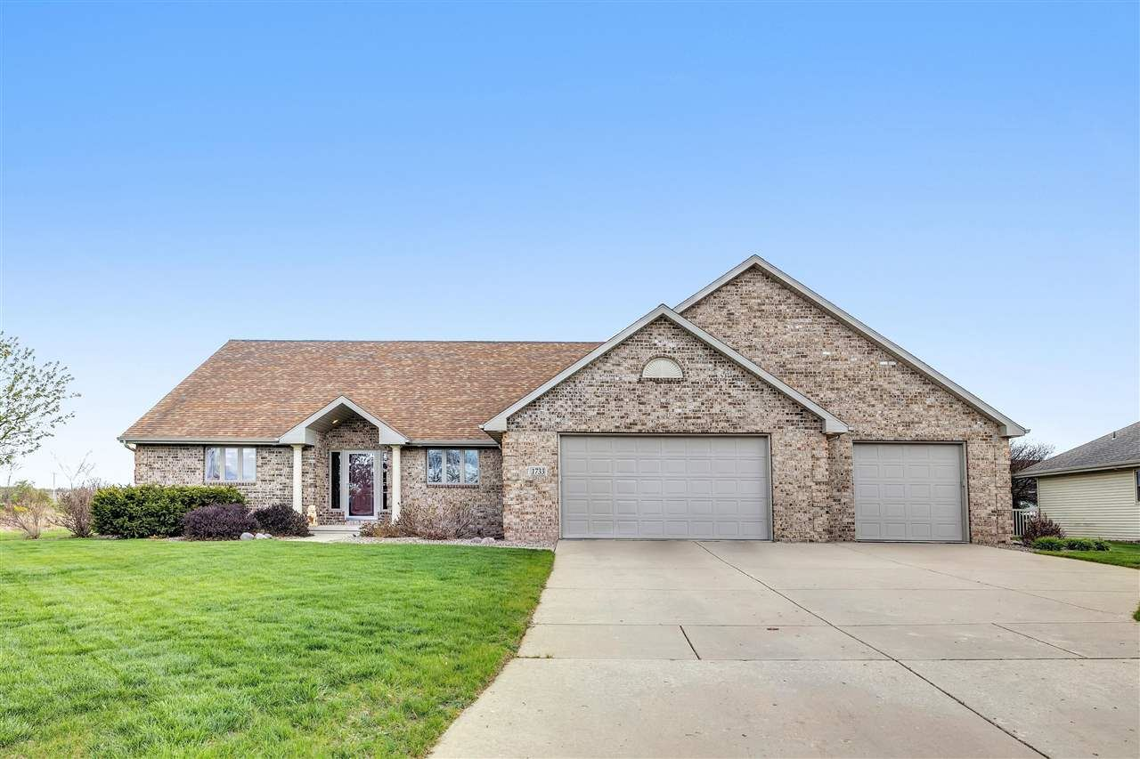 1733 CINNABAR Way, Green Bay, WI 54311 - MLS#: 50239861