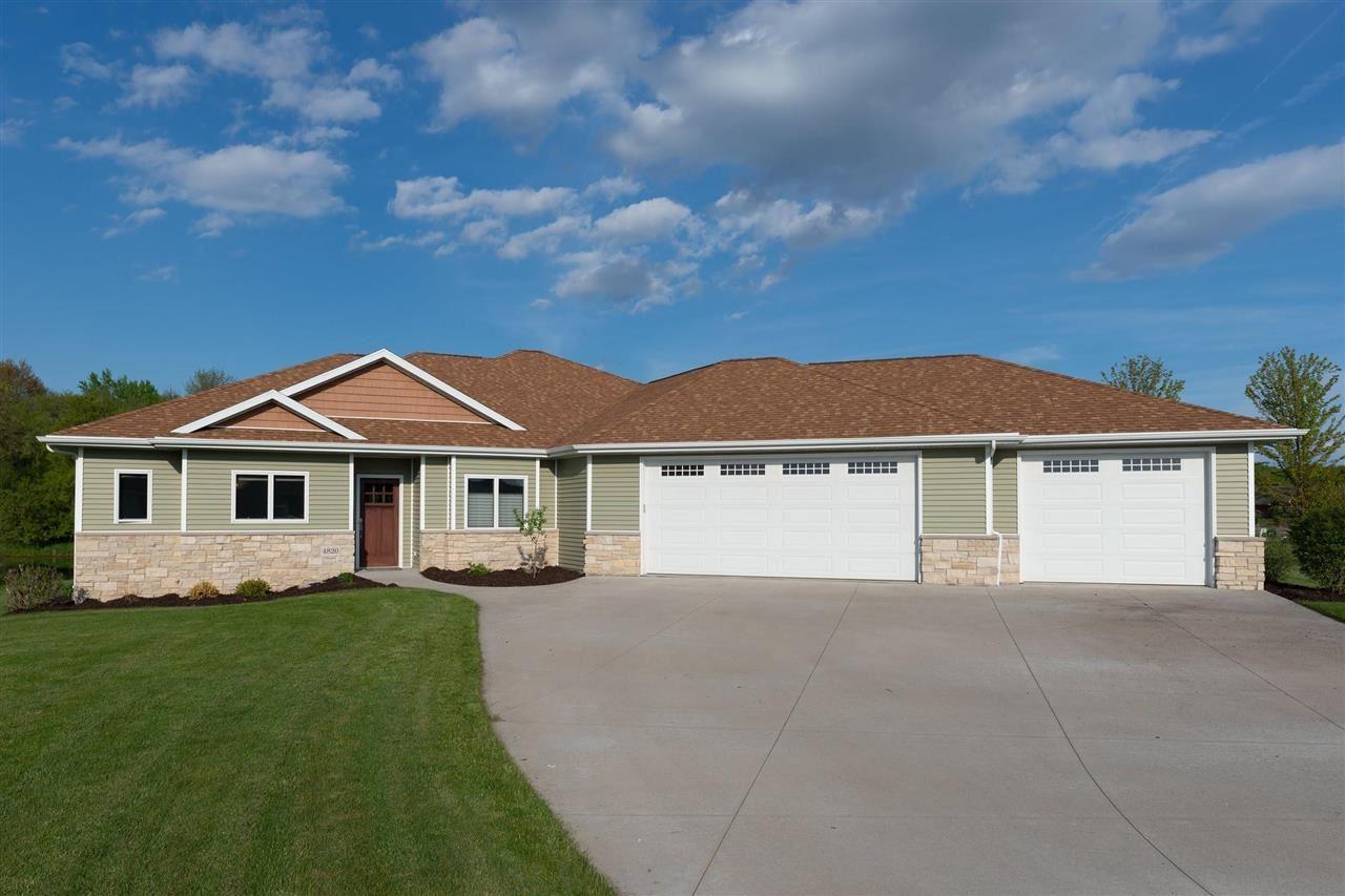 4820 W CORSICAN PINE Drive, Appleton, WI 54913 - MLS#: 50241863