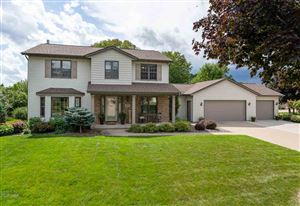 Photo of 202 BROOKVIEW Court, COMBINED LOCKS, WI 54113 (MLS # 50209868)